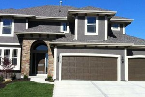 Photo #1: EXTERIOR PAINTING.. $200 OFF COMPLETE EXTERIOR PAINTING