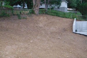 Photo #2: THE GREEN STUFF! EFFICIENT WAY OF ESTABLISHING YOUR LAWN!!!
