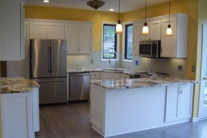 Photo #10: Dependable Remodel - Bathroom and kitchen Remodels