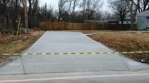 Photo #1: CONCRETE SERVICE AND DIRT WORK - SIDEWALKS, PATIOS, BASEMENTS FLOORS