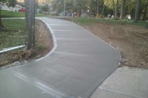 Photo #8: CONCRETE SERVICE AND DIRT WORK - SIDEWALKS, PATIOS, BASEMENTS FLOORS