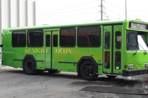 Photo #3: PARTY BUS AND LIMOUSINE LEGALLY OPERATING
