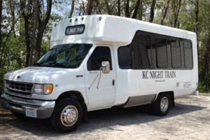 Photo #2: PARTY BUS AND LIMOUSINE LEGALLY OPERATING
