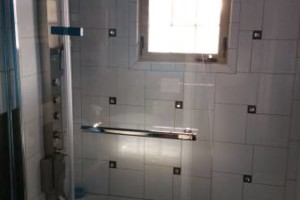 Photo #5: We inStaLL TILE .... & BacksplasH