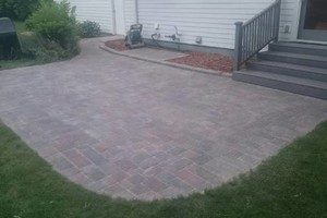 Photo #6: Paver patio's & retaining wall's