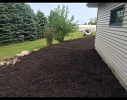 Photo #3: Twisted Curb Appeal - LAWN CARE, MULCHING, FERTILIZER