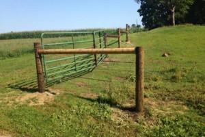 Photo #1: Custom Fencing (farm, boundary fencing)