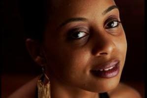 Photo #5: Professional Studio Portraits $25