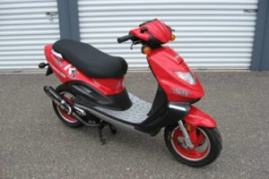 Photo #1: MOMENTUM 50'S. SCOOTER/MOPED SERVICE/REPAIR
