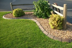 Photo #1: Curb Creations Concrete Landscape Edging