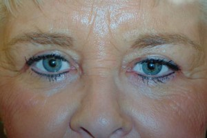 Photo #5: PERMANENT MAKEUP - Special, look beautiful!!! Sola Salon