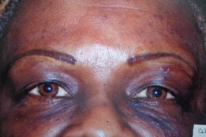 Photo #3: PERMANENT MAKEUP - Special, look beautiful!!! Sola Salon