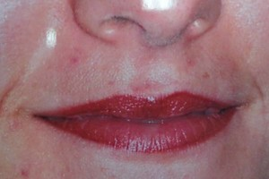 Photo #1: PERMANENT MAKEUP - Special, look beautiful!!! Sola Salon