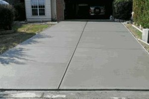 Photo #2: Concrete Work - Driveways - Patios