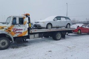 Photo #2: Feliciano Towing 5 star rated