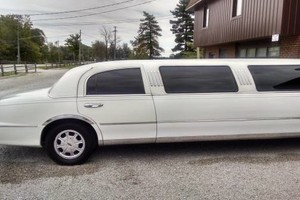 Photo #2: Lake Erie Limo - CAVS Games - Pick Drop Specials!