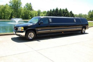 Photo #5: B2 LIMOUSINE Concerts, Sports Events, Weddings, Night Out!