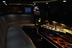 Photo #4: B2 LIMOUSINE Concerts, Sports Events, Weddings, Night Out!