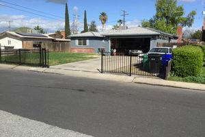 Photo #8: Rod iron fencing & painting