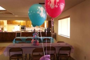 Photo #9: BALLOON DECORATIONS by Roselyn's Impressive Balloons
