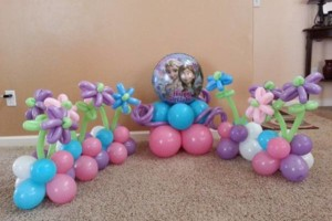 Photo #3: BALLOON DECORATIONS by Roselyn's Impressive Balloons