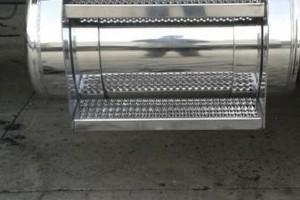 Photo #3: Make It Shine Aluminum Polishing! Pick up same day!
