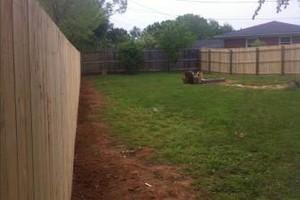 Photo #4: Fence crews. Wood-vinyl-chainlink & aluminum fences