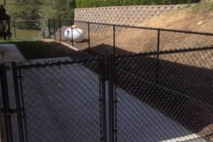 Photo #4: Lou Rodriguez fencing TOWN AND COUNTRY FENCE