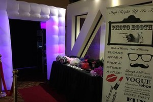 Photo #4: KCY's PhotoBooth. Attendant Included