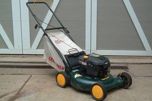 Photo #2: Small Engine Service - Riding Mowers/Rototillers