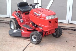 Photo #1: Small Engine Service - Riding Mowers/Rototillers