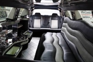 Photo #11: Rock Star Limousine Service. AFFORDABLE! Party in style today!