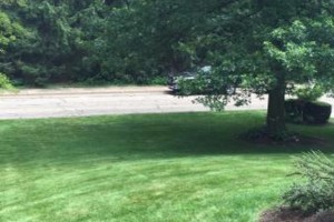 Photo #1: Paslow Lawn Service - Mulching, Landscaping. Licensed/Insured