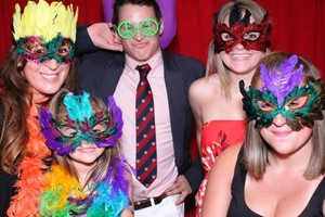Photo #1: Flashing Litez. Photo Booth Rental. $399 4hour!