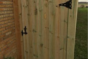 Photo #6: Custom fences, decks, sheds by Tony at T&R