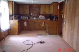 Photo #7: Terry's Flooring. CARPET & FLOORING INSTALLS