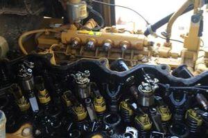 Photo #2: Mechanic. Engine work!