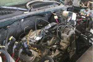 Photo #1: Diesel mechanic and truck accessories
