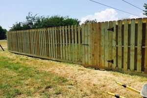 Photo #7: Need a fence? $10/ft & up.