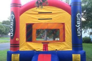 Photo #1: Sinton bounce house / Moon bounces for rent!
