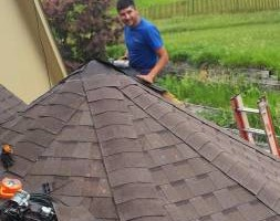 Photo #2: ROOFING? Ricardo SR Roofing!