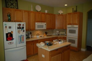 Photo #1: Kitchen Cabinets Refacing (Stuart)