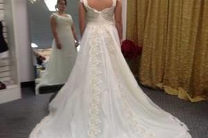 Photo #15: WEDDING DRESSES, EVENT PLANNER & PARTY RENTALS