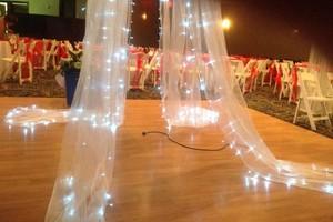 Photo #7: WEDDING DRESSES, EVENT PLANNER & PARTY RENTALS