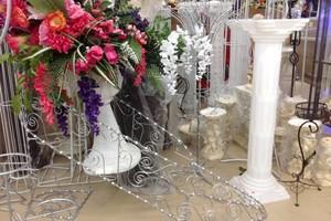 Photo #2: WEDDING DRESSES, EVENT PLANNER & PARTY RENTALS