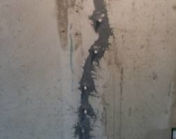 Photo #13: Concrete surfaces/Foundation crack injection