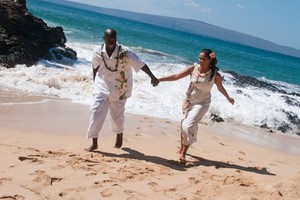 Photo #1: Maui Weddings in Paradise