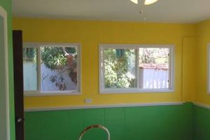 Photo #11: PROFESSIONAL PAINTERS - drywall repairs, pressure washing, mudding & taping