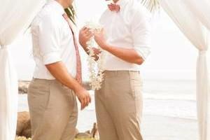 Photo #13: Maui Professional LGBT Wedding Photography
