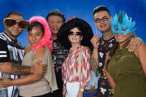 Photo #4: $300/2hrs Professional Photobooth Rental/Green...
